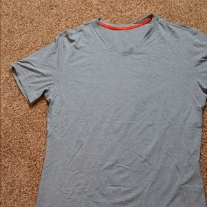 Lululemon men's 5yr Basic T *v neck